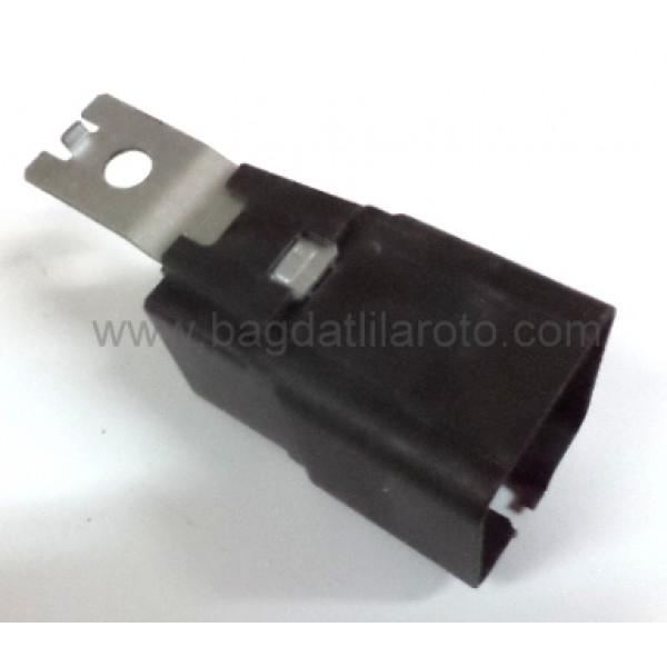 Fan rölesi 12V 30-40A 5 uçlu Fiat Idea 05' V23136-A1001-X46 46520438 ORJN
